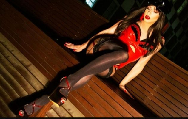 Камилла Транс — сексуальный массаж «Веточка сакуры»