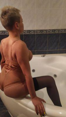 Местная проститутка Таня, 22 лет